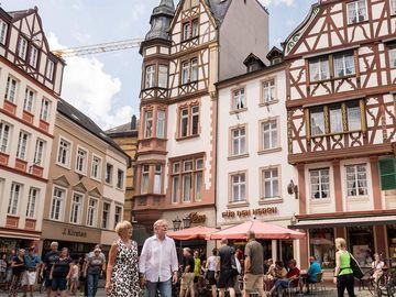 Ansicht auf den Marktplatz in Bernkastel-Kues.